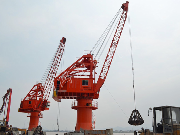 HGQ16t-25m 固定式码头吊机